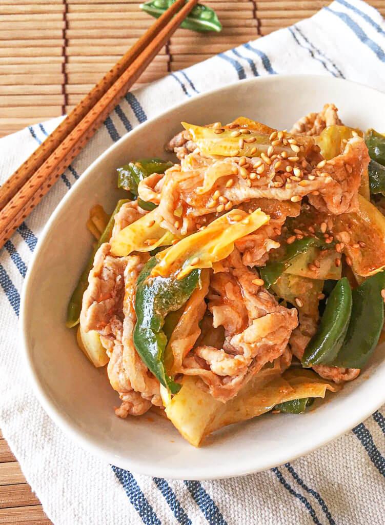 豚肉とキャベツのケチャップ味噌炒め