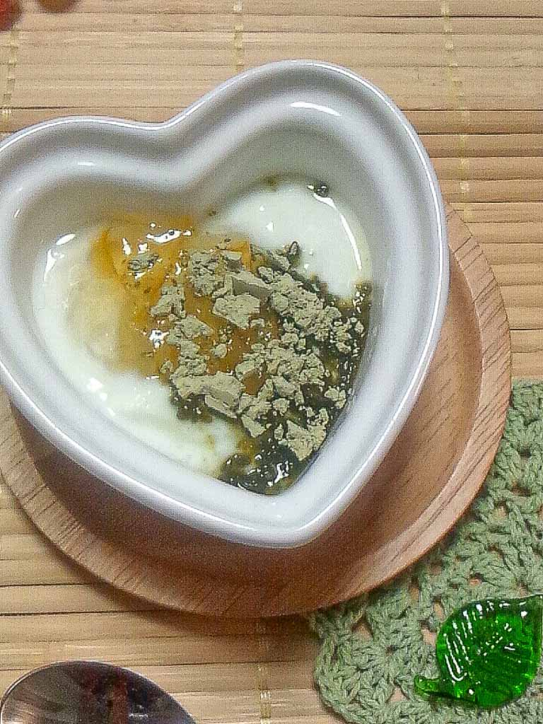 昆布茶と柚子ジャムのヨーグルト